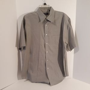 Roundtree & Yorke Men's dress shirt S/S Size L